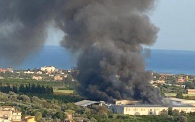 Incendio a Siderno, l'U.Di.Con. Calabria chiede maggiori controlli